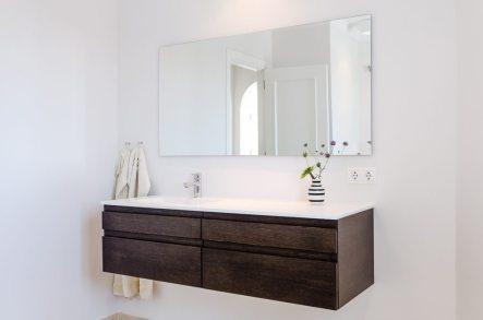 New Palencia styled bathrooms published