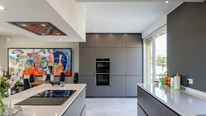 Nueva cocina moderna del estilo Palencia publicada